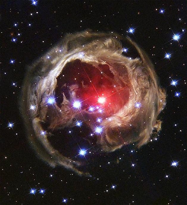 heic0405a_SKALIERT 629_Hubble_Märchen
