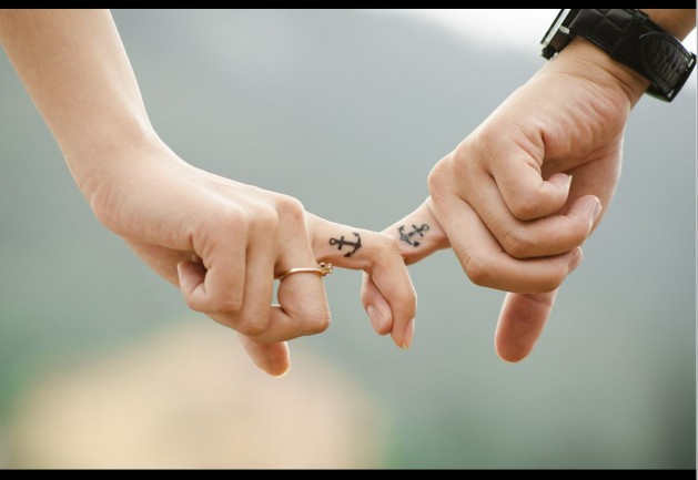 Hände_Paar_SNIP